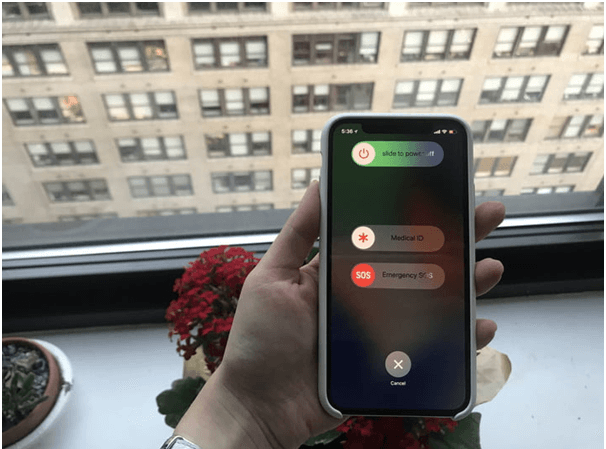 How to turn off the iPhone X phone
